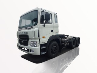 Xe Đầu Kéo Hyundai HD700 2 Cầu Máy 320Ps