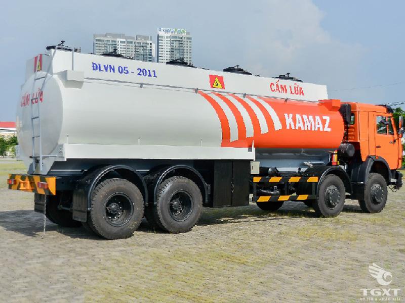 xe-bon-Kamaz-6540-20-khoi-h2