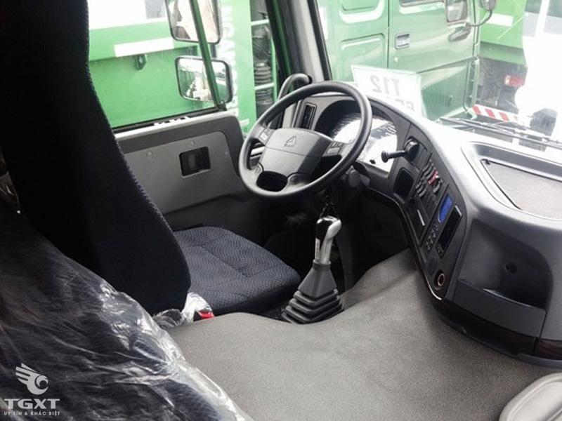 Xe Đầu Kéo Howo CNHTC Cabin A7 Máy 420Hp