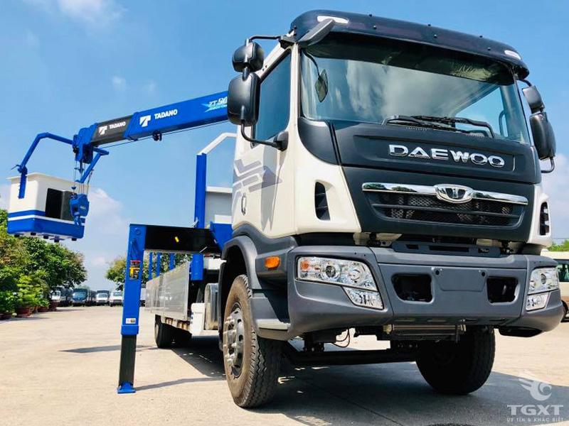 Xe Tải Daewoo 7 Tấn Gắn Cẩu Tadano TM-ZT504H