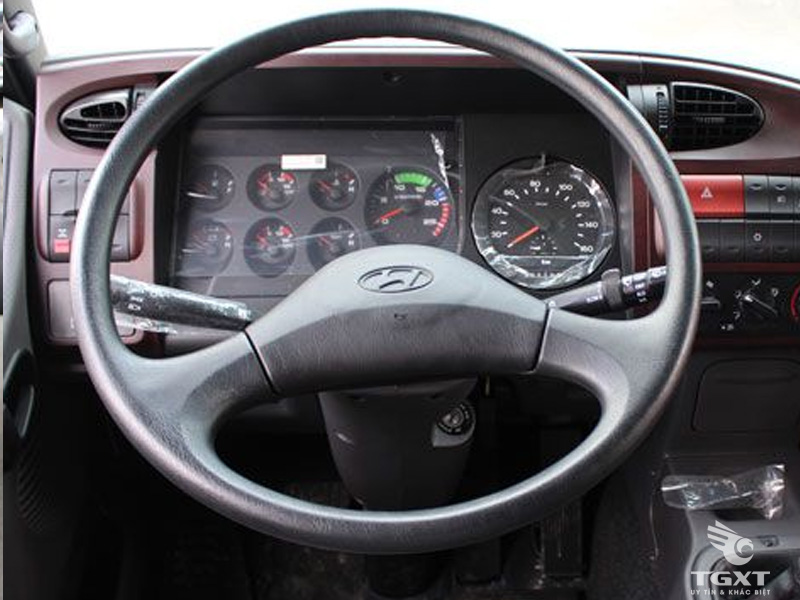 Xe Cẩu Hyundai HD250 12 Tấn Gắn Cẩu Tadano 5 Tấn 3 Khúc