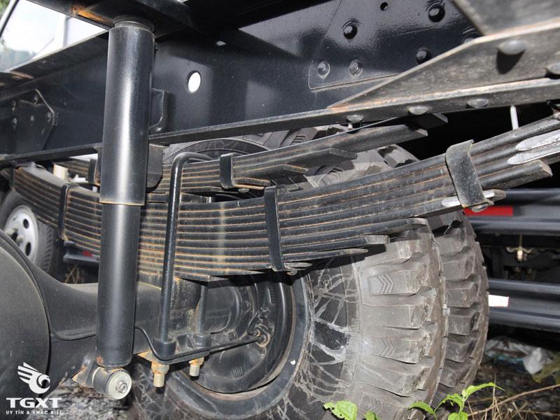 Xe Cẩu Veam VT751 6T3 Gắn Cẩu Kanglim KS633
