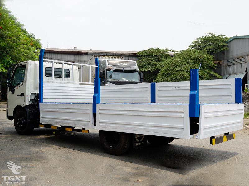 Xe Tải Hino XZU730L 5 Tấn Thùng Lửng