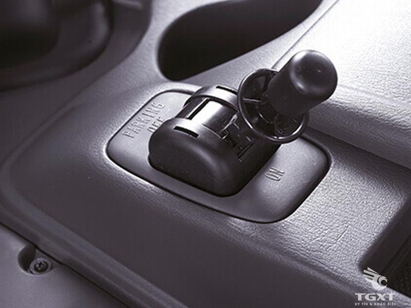 Xe Tải Hyundai HD210 11T5 3 Chân Gắn Cẩu Unic URV545