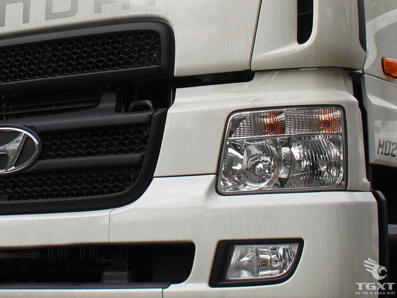 Xe Cẩu Hyundai HD250 12 Tấn Gắn Cẩu Unic URV553