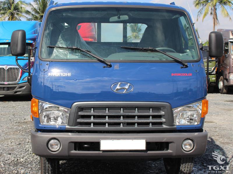 Xe Tải Hyundai HD700 Nâng Đầu Chở Máy Chuyên Dùng