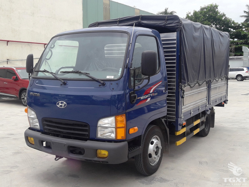 Xe Tải Hyundai New Mighty N250 2.4 Tấn Thùng Bạt