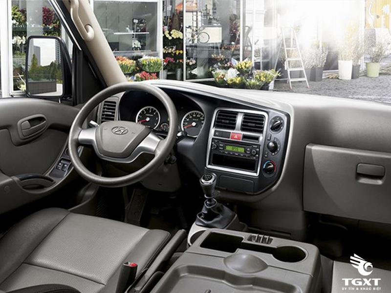 Xe Tải Hyundai New Porter H150 1.5 Tấn Thùng Kín