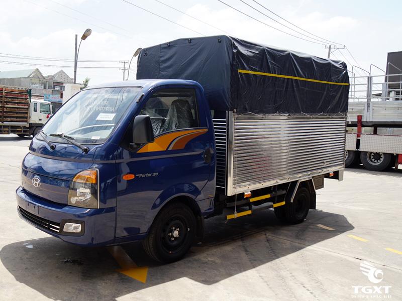 Xe Tải Hyundai New Porter H150 1.5 Tấn Thùng Bạt