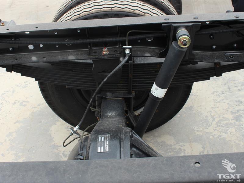 Xe Tải Vĩnh Phát FN129L4 7T5 Thùng Bạt Bửng Nâng