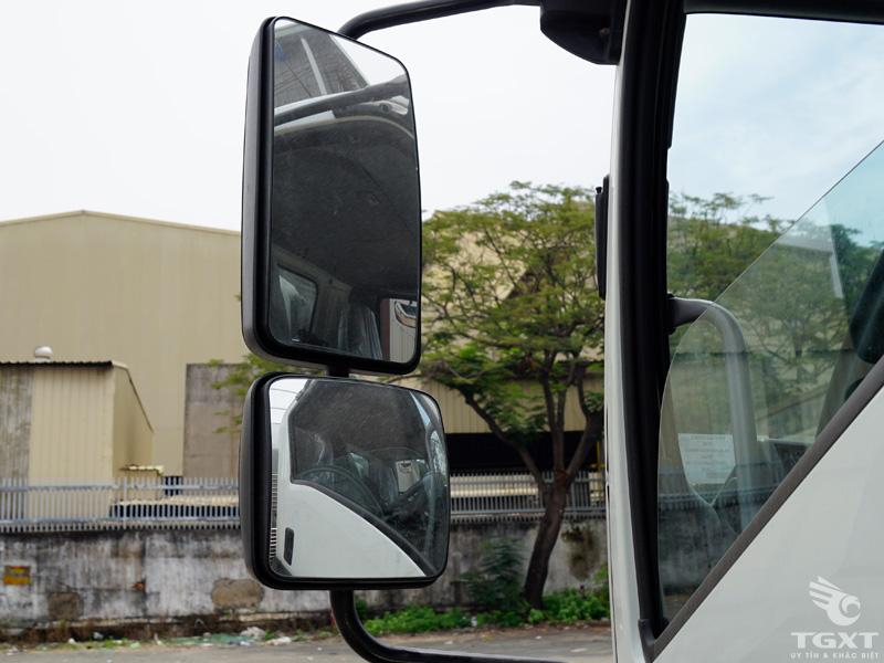 Xe Tải Isuzu FRR90LE4 6.5 Tấn Thùng Bảo Ôn