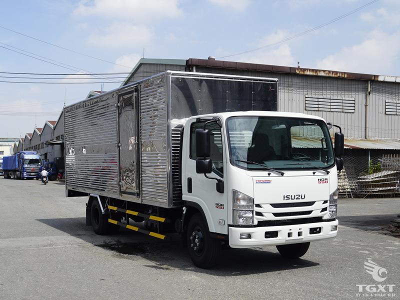 xe-tai-isuzu-NQR75LE4-5t-thung-kin