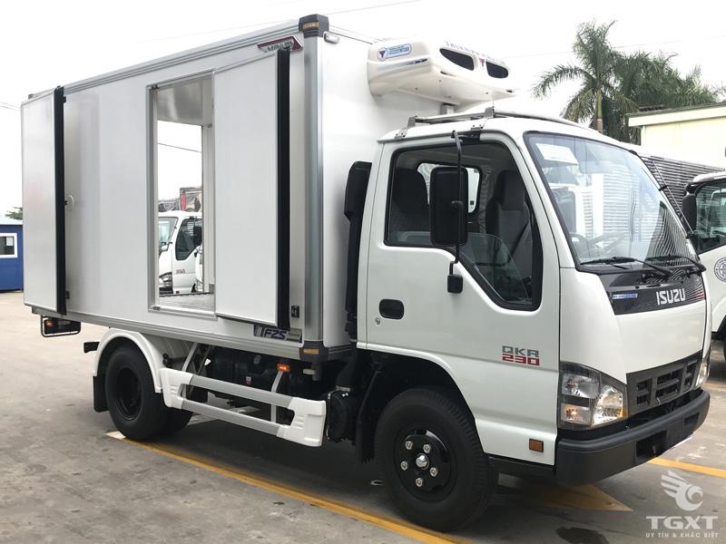 Xe Đông Lạnh Isuzu QKR77FE4 2T2