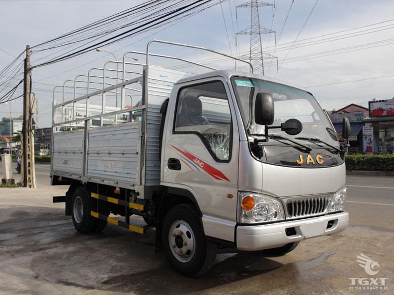 Xe Tải Jac HFC 1025K1 1.25 Tấn Thùng Bạt
