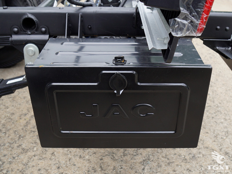 Xe Tải Jac HFC 1083K1 6 Tấn Thùng Kín
