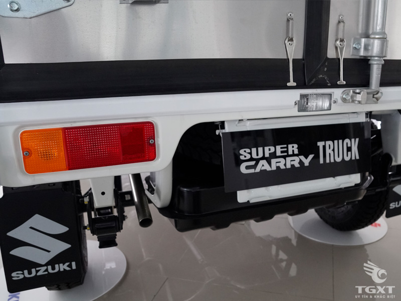 Xe Tải Suzuki Carry Truck 500Kg Thùng Kín